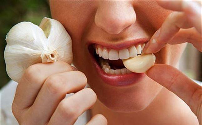 Cách trị nhức răng tức thời tại nhà bằng tỏi